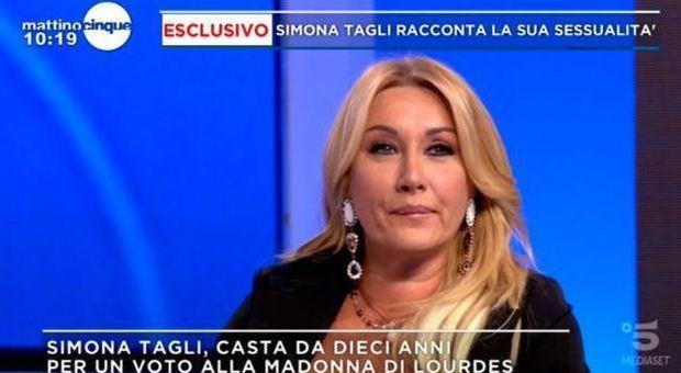 Simona Tagli, la rivelazione della showgirl: «Casta da dieci anni per un voto alla Madonna di Lourdes»