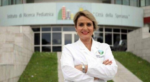 Covid, l'immunologa Viola: «Non possiamo permetterci lockdown e semi-lockdown, la gente va in depressione»