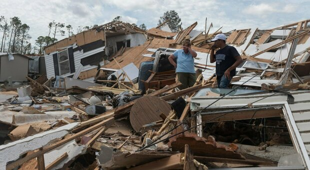 Usa, uragano Laura arriva in Louisiana e Texas, venti a 240 kilometri orari: è più forte di Katrina