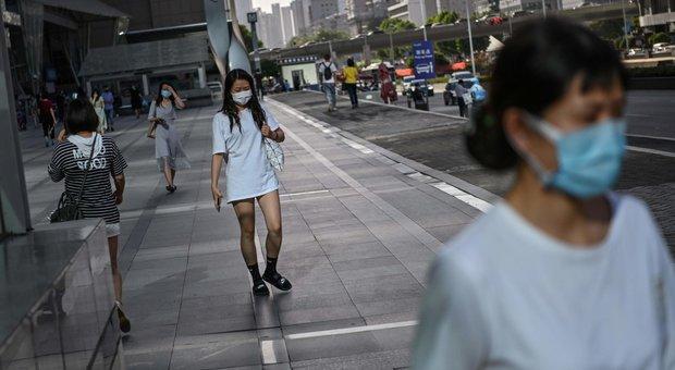 Wuhan, la direttrice del laboratorio sotto accusa: «Il coronavirus non viene dal nostro istituto»