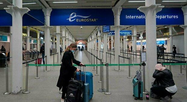 Gran Bretagna, trenta cittadini europei e italiani trattenuti alla frontiera