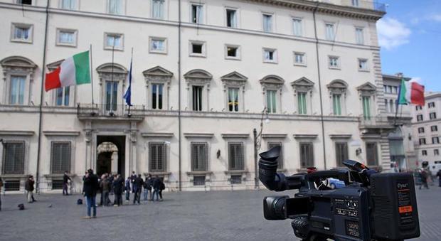 Mandorlo In Fiore I Giornalisti Premiano Il Gruppo Dell
