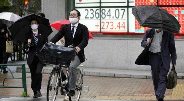 Covid, in Giappone sempre meno figli a causa della pandemia: «Gravidanze diminuite dell'11%»