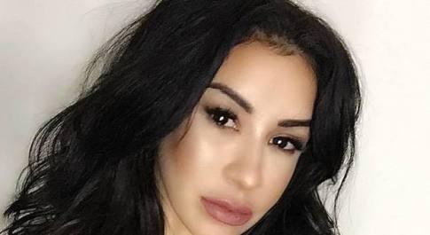 Si opera al naso per essere più bella, 36enne entra in coma e lotta tra la vita e la morte