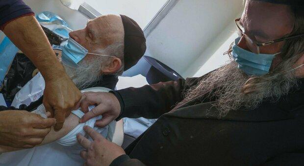 Netanyahu: «Entro fine marzo israeliani tutti vaccinati, noi primo Paese a uscire dalla pandemia»
