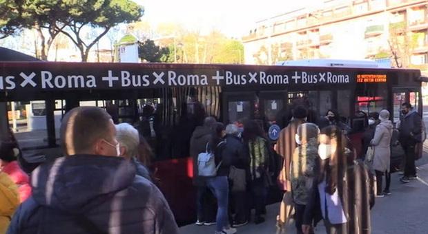 Roma-Lido interrotta per guasto tecnico: bus navette da Lido Centro a Magliana