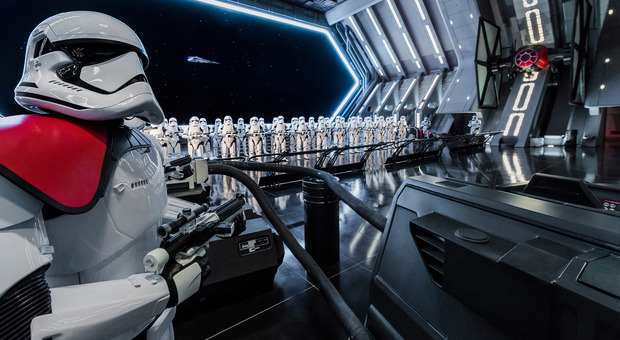 Star Wars Rise of the Resistance Hangar (immagini Disney)