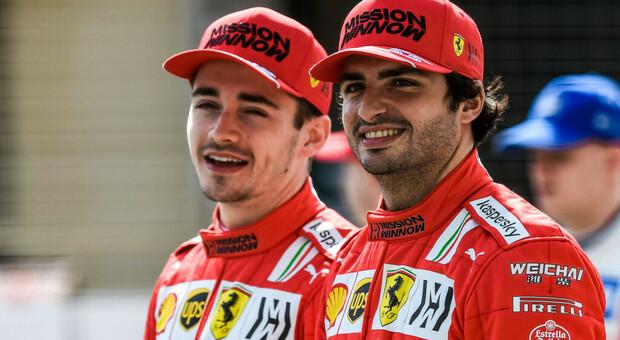 I piloti della Ferrari 2021 Charles Leclerc e Carlos Sainz