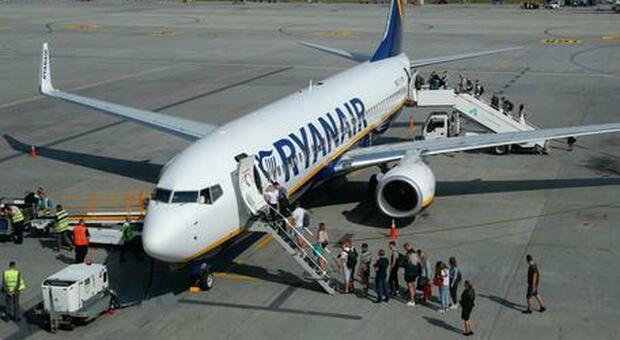 Covid, Enac: «Ryanair viola norme sicurezza: o rimedia, o stop a voli»