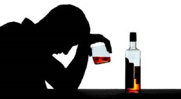 Alcol, 40 mila morti l'anno e 8,6 milioni a rischio dipendenza