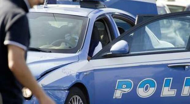 Roma, spari a Tor Marancia: ferito un ragazzo di 39 anni