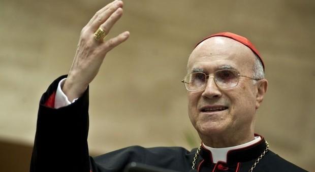 Vaticano, si apre il processo per le spese dell'appartamento di Bertone pagato 2 volte