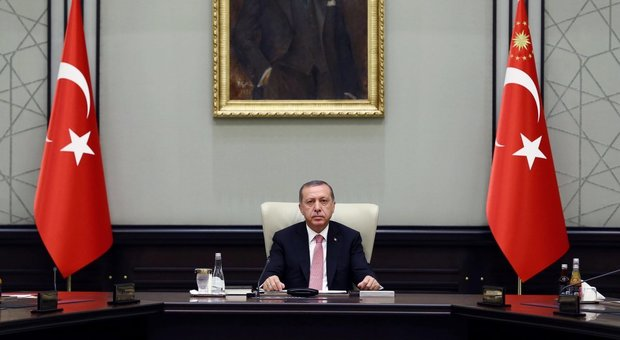 Turchia, Erdogan: «Altri paesi coinvolti nel golpe, potrebbero esserci nuovi tentativi»