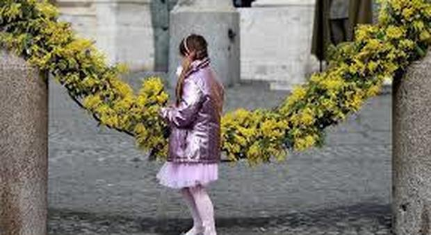 Discriminate sul lavoro e in affanno, per l'80% delle donne l'8 marzo è un giorno come gli altri