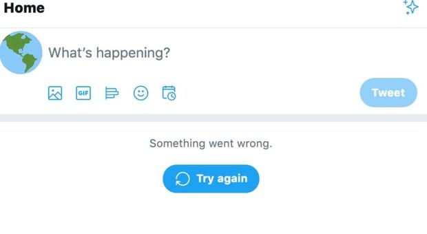 """Twitter down, impossibile scorrere la timeline per migliaia di utenti. Il """"buco"""" è durato circa mezz'ora"""