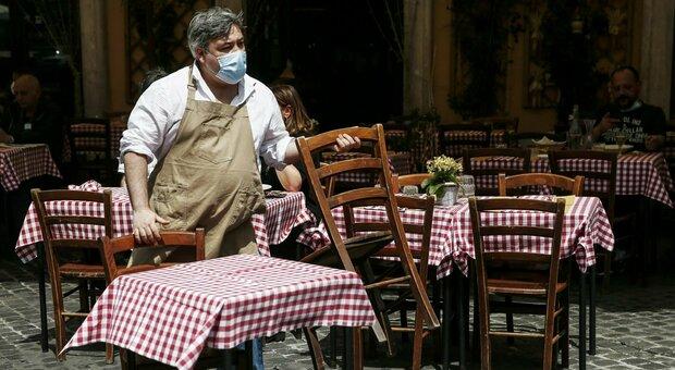 Roma, Comune: ok spazi esterni per banconi e tavolini fino al 31 dicembre