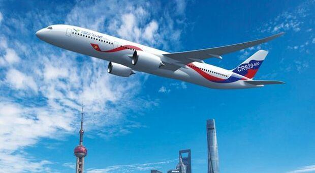 """Leonardo a picco in Borsa. Boeing denuncia difetti su parti del """"787 Dreamliner"""""""