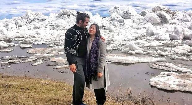 Da San Gemini in Siberia in bicicletta: Lorenzo il viaggiatore dei record trova l'amore fra i ghiacci