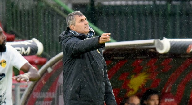 L'allenatore Maurizi