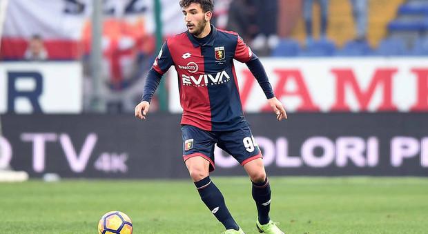 Lazio La Curva Nord Contro Cataldi Resta A Genova Per Te Qui Non C Pi Posto Lui Si Scusa Tramite Instagram