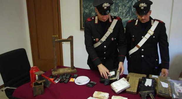 Cocaina per 2 milioni di euro in casa maxi sequestro dei carabinieri 2 arresti - Sequestro prima casa ...