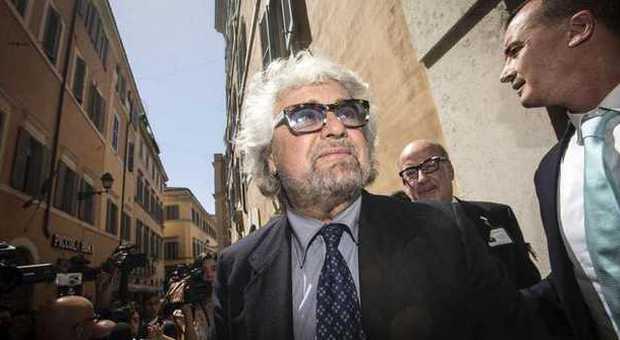 M5S, Grillo arriva a Roma per bloccare il dialogo sulle riforme