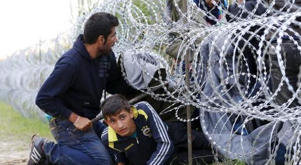 Migranti, l'Ungheria sfida l'Unione Europea: domenica il voto sulle quote