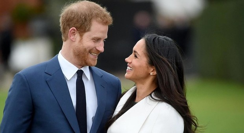«Meghan Markle è incinta, ma non l'ha detto alla regina». Sgarbo a sua maestà? Arriva l'indiscrezione