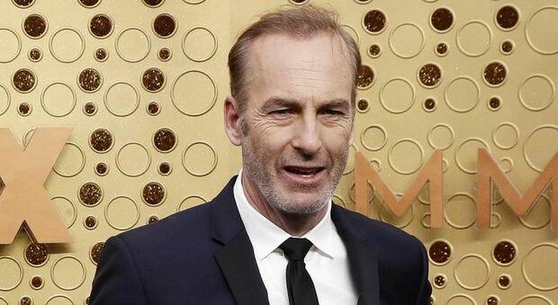 Bob Odenkirk ricoverato d'urgenza in ospedale: paura per l'attore di Better call Saul