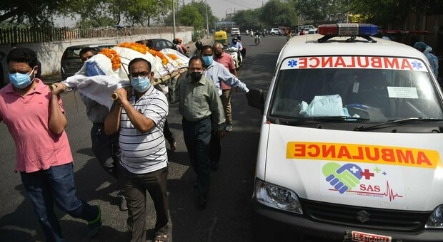 India, oltre tremila morti in 24 ore: le vittime sono oltre 200mila