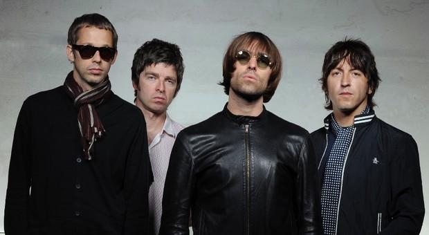 Gallagher Liam Gallagher Messaggero Messaggero Liam Liam Il Gallagher Il Pz4Ew6x