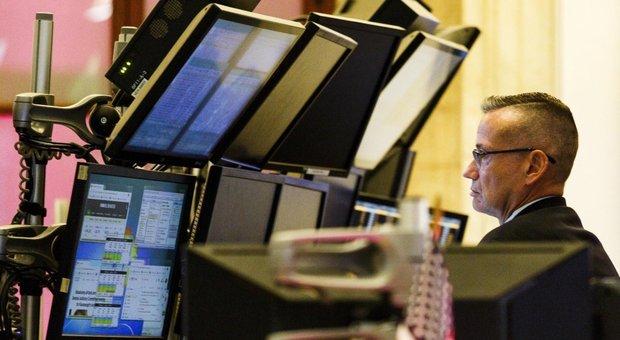 Milano negativa come le altre Borse europee, aumenta lo spread BtP-Bund