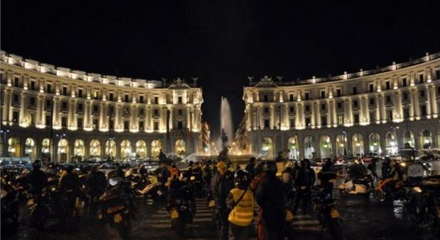 Rome night run: 500 centauri sfilano nella Città Eterna