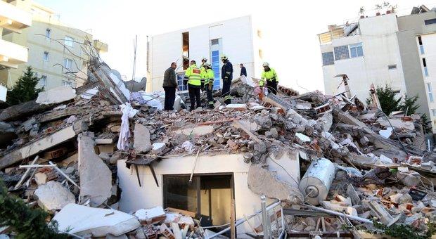 """Risultato immagini per terremoto albania"""""""