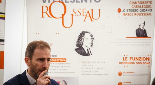 Casaleggio a Roma: «Per Draghi un voto su Rousseau»
