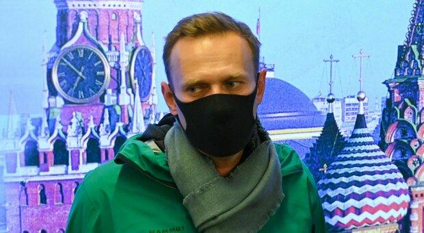«Salvate Navalny», gli appelli da Usa e Ue alla Russia: se muore chiederemo conto a Mosca