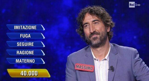 Massimo Cannoletta travolge i social: il Salento tifa per il re dell'Eredità