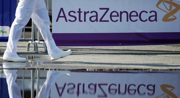 AstraZeneca, Oms: «Nesso vaccino trombosi rare plausibile, nell'Ue un caso su 100mila vaccinati»