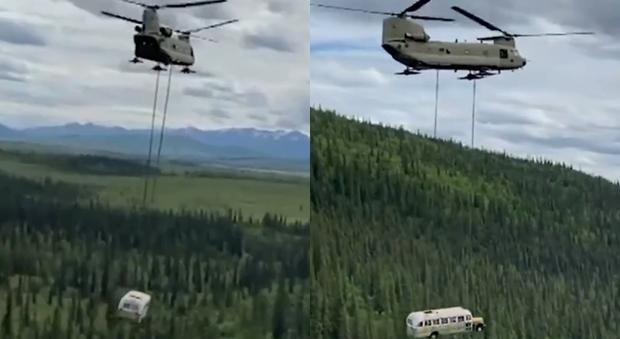 L'Alaska rimuove il «magic bus» di Into The Wild: troppi morti per raggiungerlo
