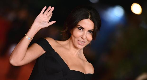 Sabrina Ferilli perseguitata dallo stalker: scatta il divieto di avvicinamento