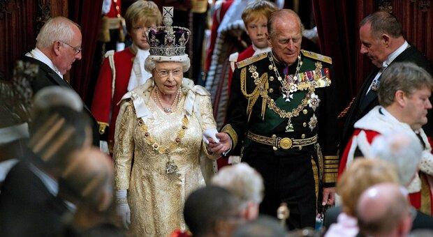 Morto il principe Filippo, avrebbe compiuto 100 anni a giugno