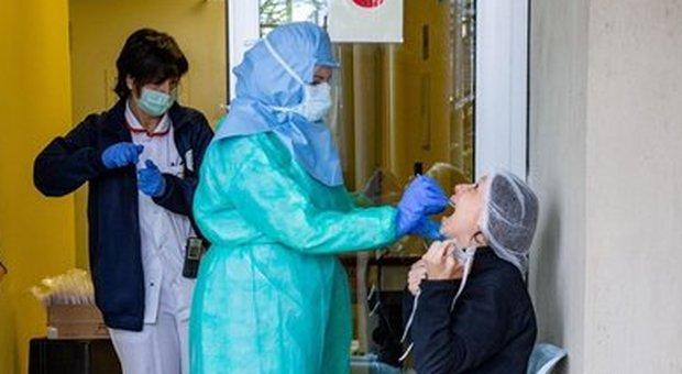 Coronavirus, dalla febbre al possibile ricovero tutti gli errori da non commettere «Decisivo descrivere i sintomi»