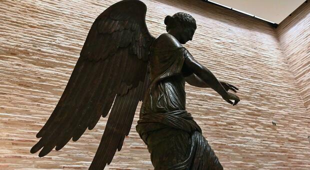 Brescia città al femminile: l'omaggio a una donna di quasi duemila anni, la Vittoria alata