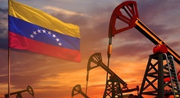 Libro choc sul Venezuela, ecco perchè si muore di fame nella nazione del petrolio
