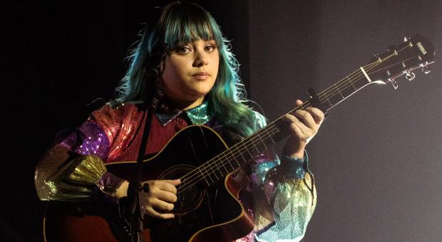 X Factor, Elisa dai capelli azzurri vola in finale: tutto l'Abruzzo tifa Casadilego