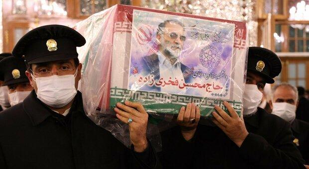 Scienziato iraniano ucciso, «trovate armi israeliane». Eliminato anche un capo Pasdaran. Timori per escalation