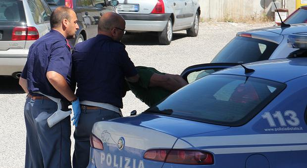 5339708c34ac Ventenne picchiata a ripetizione dal convivente ad Ancona: quattro volte al  pronto soccorso, stalker fermato