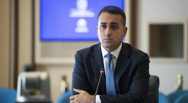 Covid, Di Maio: «Ora nessuna ragione per il lockdown, curva contagi rallenta»