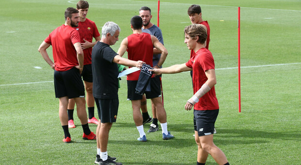 Conference League, Roma-Cska Sofia: Mourinho con El Shaarawy e Shomurodov, c'è anche Calafiori