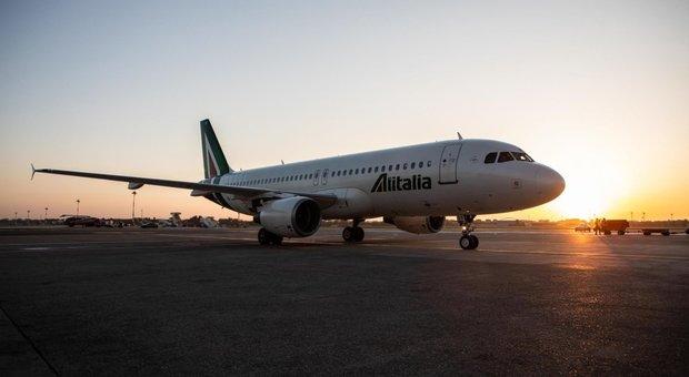 Alitalia verso la proroga. Governo in campo, Conte: «No a soluzione con toppe»